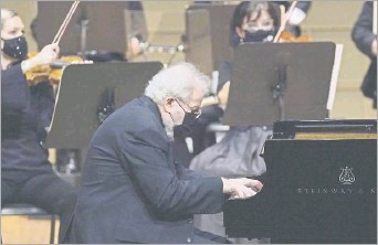 ?? 2020 File Photo ?? Guest pianist Emanuel Ax will perform again with the Dallas Symphony Orchestra at the Meyerson Symphony Center on April 16-17.