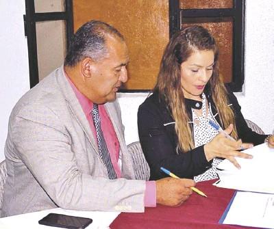 ??  ?? Presente el Maestro José Manuel Subías Miranda, delegado regional de Educación./ Redacción