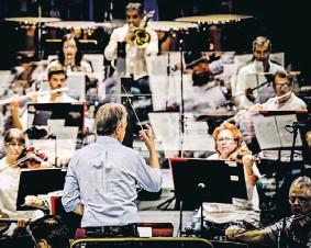 ?? DANIEL ROCHA ?? Antonio Pirolli dirigiu a Sinfónica nesta ópera em versão concerto