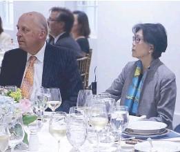 ??  ?? Asia Society board of trustees member Ambassador John Negroponte with Singapore Ambassador-at-large and Asia Society Global chair Chang Heng Chee.