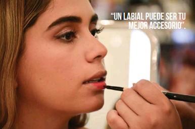 """??  ?? """"Un labial puede ser tu mejor accesorio""""."""