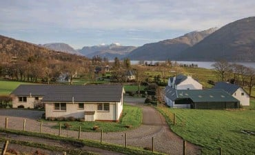??  ?? The business offers four self-catering cottages and two caravans on the banks of Loch Linnhe