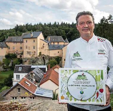 """?? Fotos: Gerry Huberty ?? Erneut auf Platz 1: René Mathieu konnte auch in diesem Jahr die Jury überzeugen und den Titel des """"Besten Gemüserestaurants der Welt""""für sich verbuchen."""