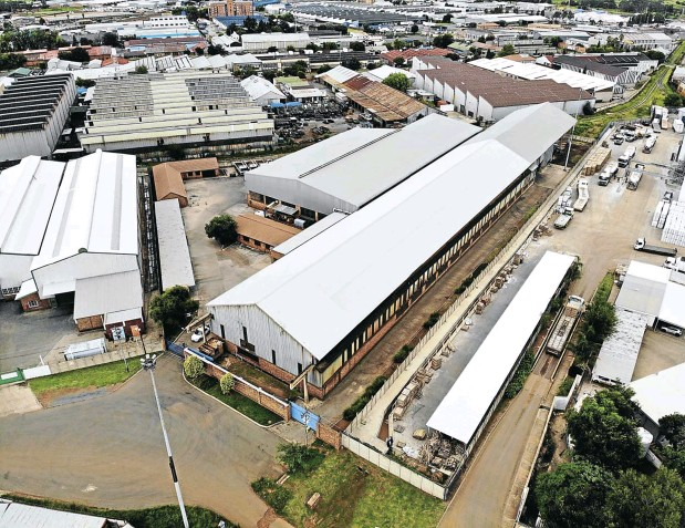 ??  ?? This 1.27ha industrial premises in Alrode, Alberton, south of Johannesburg, will be auctioned on April 15.