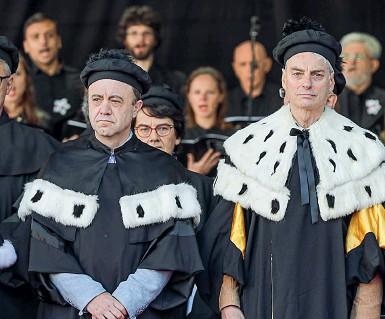 ??  ?? Alternanza A sinistra il prorettore Flavio Deflorian, accanto il rettore Paolo Collini. Si vota a inizio 2021