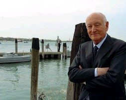 ??  ?? Giovanni Mazzacurati, ex presidente del Cvn, principale accusatore dell'inchiesta del Mose, oggi vive a San Diego