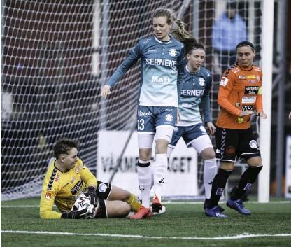 ?? Bild: Jörgen Björme ?? Ebba Handfast var en av flera AFC-spelare som stod upp bra.