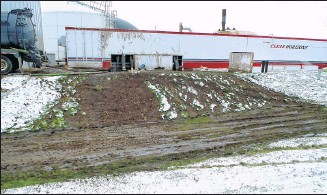 ?? WISCONSIN DEPARTMENT OF NATURAL RESOURCES ?? The DNR issued violation notices in 2014 against the operators of a Dane County manure digester linked to significant manure spills Fines assessed by the state for such offenses are down drastically.