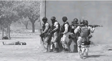 ??  ?? Près de 114 civils ont été tués en quelques heures dans la nuit de vendredi à samedi