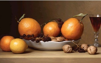 ?? Early American—Still Life C-print courtesy artist and Yancey Richardson Gallery. ?? Check out art that's good enought to eat, including Sharon Core's With Oranges, at the Polygon Gallery.