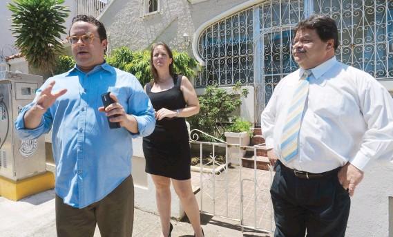 ??  ?? Los empresarios Bernardo Fiol, Sandra Jiménez y Gilberto Castro han apostado a Santurce para establecer y hacer crecer sus negocios.