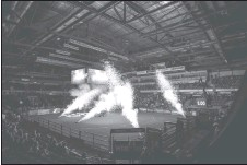 ?? Photos courtesy PBR (Covy Moore/CovyMoore.com) ?? The Enmax Centre in Lethbridge was lit up for bullring last week.