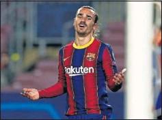 ??  ?? Griezmann, lamentándose en un partido con el Barça.