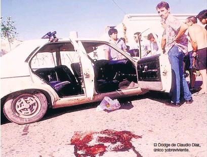 ??  ?? El Dodge de Claudio Díaz, único sobreviviente.