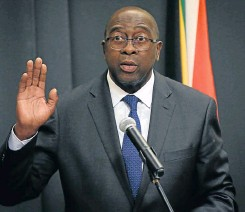 ?? Pic­ture: Reuters ?? Sec­onds out, round No 2! Nh­lanhla Nene is sworn in as min­is­ter of fi­nance for the sec­ond time, in Fe­bru­ary this year.