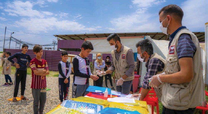?? FOTO: WAR CHILD ?? Barn i Dahuk i norra Irak får möjlighet att tvätta händerna.