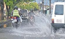 ??  ?? La Dirección de Meteorología e Hidrología pronostica más tormentas para los próximos días.