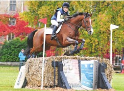 ??  ?? Sian Davies-Cooke heads the CCI2*-L with the Dutch-bred Intentie W