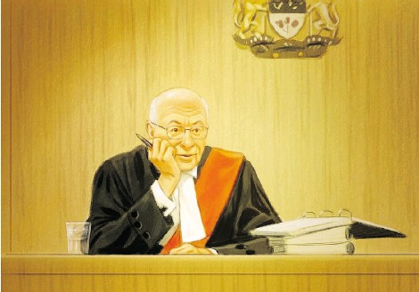 ?? GREG BANNING/ THE CANADIAN PRESS ?? Justice Charles Vaillancourt Wednesday granted an evidentiary hearing on the admissibility of a Senate report before the fraud trial of suspended Sen. Mike Duffy continues.