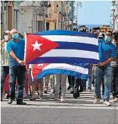 ??  ?? Cuba aislada. Fuerte presencia policial y bloqueo al internet en la isla tras las protestas.