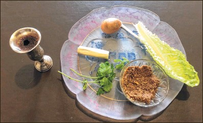 ??  ?? A traditional Seder plate, which is eaten on the first night of Passover