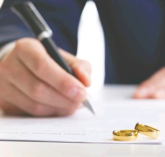"""?? GETTY IMAGES / ISTOCKPHOTO ?? The Court of Appeal in Alberta has decided that a divorce can be severed from other relief in a family law proceeding when """"it is fair in the circumstances."""" Courts usually grant severance for child support."""
