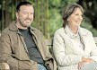 ?? FOTO: NETFLIX ?? Ausgerechnet auf dem Friedhof: Tony (Ricky Gervais) macht neue Bekanntschaften.