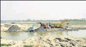 ?? HT PHOTO ?? Each sand mining project is required to submit an individual Environment Impact Assessment report.