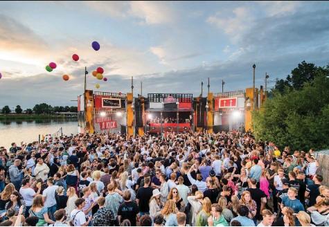 ?? Foto: PD ?? Trotz Einhaltung der Auflagen wurde das Verknipt-Festival in Utrecht von Anfang Juli zu einem Superspreader-Event.