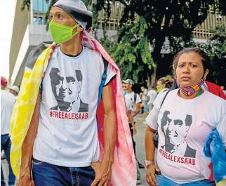 ?? Foto   EFE   LA PATRIA ?? En Venezuela han hecho desde marchas hasta conciertos para pedir la libertad de Saab.
