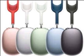 ??  ?? The Airpods Max come in five colours to match the ipad Air.