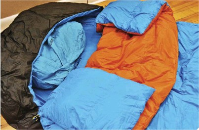 ??  ?? Below: The best way to stay warm at night is having the proper sleep system. Combined with a tent, the Zenbivy Light Bed is a compact, comfortable, and robust sleep system.