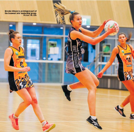 ?? Picture: Nic Ellis ?? Brooke Gibson is an integral part of the Souwest Jets' leadership group.