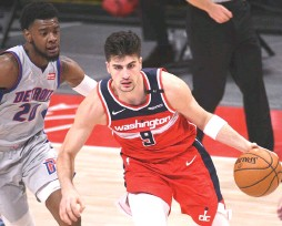 ?? (Tim Fuller/USA Today Sports) ?? DENI AVDIJA is averaging 6.5 points, 4.9 rebounds, 1.2 assists and 23.5 minutes in 50 games played so far in his NBA rookie season with the Washington Wizards.