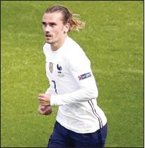 ??  ?? Antoine Griezmann scored the equaliser for France in Budapest