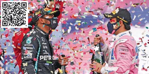?? / AP ?? Triunfadores. Lewis Hamilton y Sergio Pérez han compartido varios podios.