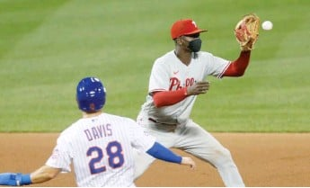 ?? GETTY IMAGES ?? Shortstop Didi Gregorius (shown playing with a mask) played in all 60 of the Phillies' games in 2020.
