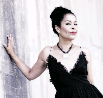 ?? SUPPLIED ?? Molly Johnson is using the music of Billie Holiday to raise money for charity.