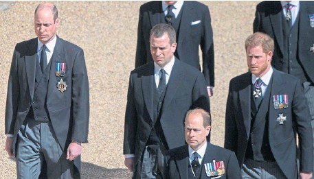 ??  ?? Prince William, Peter Philips, Prince Harry and Prince Edward in the funeral procession; Piper Major Colour Sergeant Peter Grant, below; and the Queen wearing her face mask.