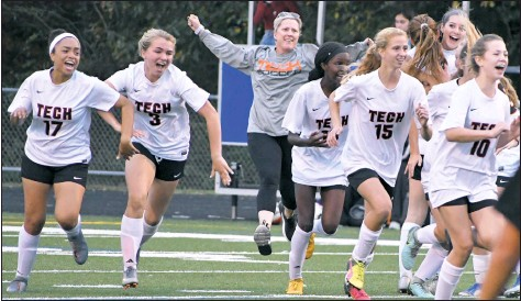 ?? PHOTO BY BILL GATES/BGATES@CHESPUB.COM ?? The Eastern Tech girls soccer team stunned six-time defending state champ Sparrows Point in the regional final, handing the Pointers their first postseason loss since 2012.