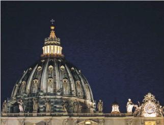 ?? FABIO FRUSTACI / EFE ?? Investigación. La Fiscalía del Vaticano busca al implicado Gianluigi Torzi por supuestos actos de corrupción.