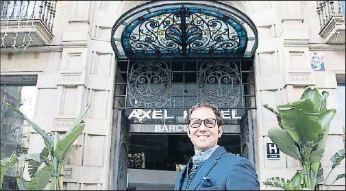 ?? INMA SAINZ DE BARANDA ?? El fundador de la cadena Axel, Juan Julià