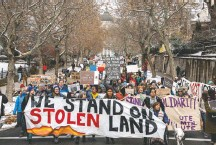 ?? BENJAMIN ZACK/STANDARD-EXAMINER/ASSOCIATED PRESS ?? Protesters march from the Utah State Capitol through Salt Lake City Monday to protest President Trump's scaling back of the Bears Ears and Grand-Staircase Escalante national monuments.