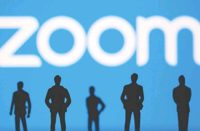 ?? DADO RUVIC / REUTERS ILLUSTRATION / FILES ?? Zoom has been looking for ways to keep growing as workers begin to return to the office and students go back to school, and the deal for Five9 will help it expand offerings to its more lucrative business and enterprise clients.