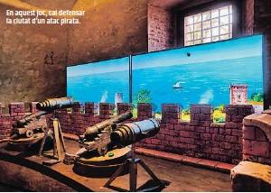 ?? ?? En aquest joc, cal defensar la ciutat d'un atac pirata.