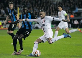 ??  ?? Neymar of Paris Saint-Germain in action against Clinton Mata of Club Brugge during the Uefa Champions League group A soccer match in Bruges on 15 September 2021. Photo: EPA-EFE