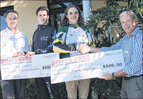??  ?? YOUNG SPORTSMEN: Physiotherapist Greg McLennan and Dr Mark Zagorski congratulate Nic Blackwell and Ben McIlroy, winners of this year's Kiewa Valley Sports & Spinal Physiotherapy and the Mount Beauty Medical Centre sports sponsorships.