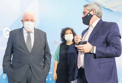 ?? Presidencia ?? El presidente Alberto Fernández junto a Ginés González García y Carla Vizzotti.