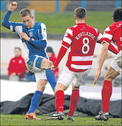 ??  ?? Thomas O'Brien fires his late equaliser past the Accies defence to earn Jimmy Nicholl's side a deserved point.