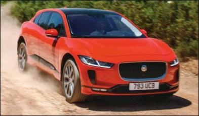 ??  ?? L'I-Pace tire profit de l'électrique pour offrir un design unique et innovant. Jaguar I-Pace EV400AWD First Edition 102 570 € 400 ch CO2 : 0 g/km